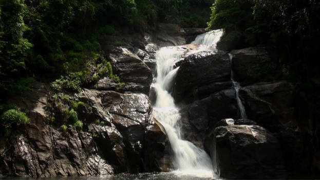 meenmutty-waterfalls