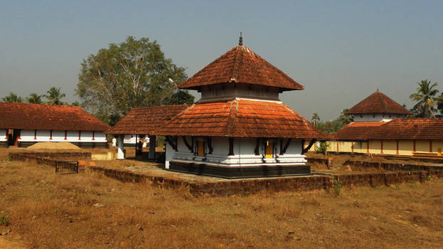 Abheeshta Siddhi puja performed in Panniyoor Varahamoorthy