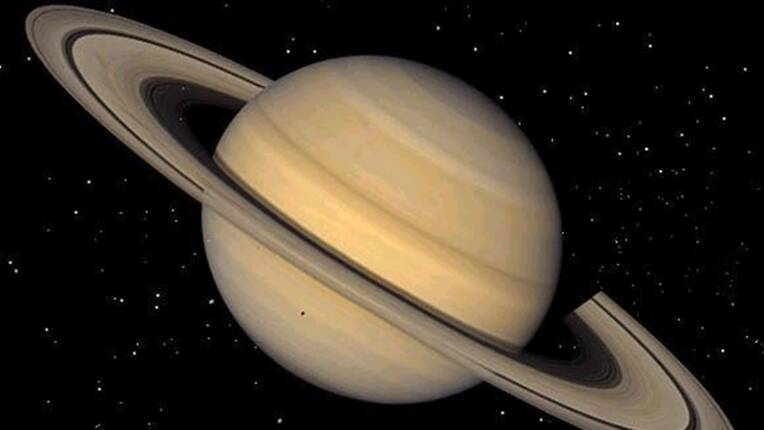 'Saturn beats Jupiter after the discovery of 20 new moons ...