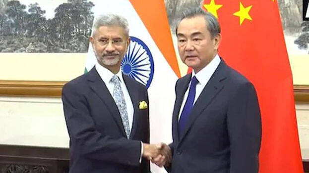 China, India agree to de-escalate tensions on contested border